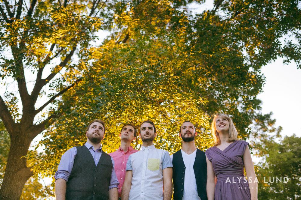 Minneapolis Creative Wedding Party Photos-11