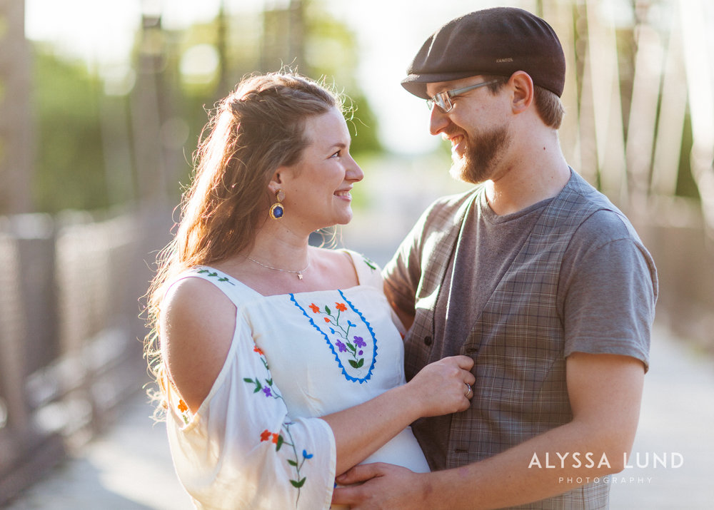 natural Minneapolis outdoor maternity session-05