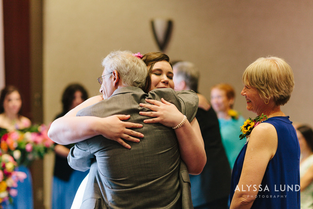 Science Museum of Minnesota Wedding by Alyssa Lund Photography-21.jpg