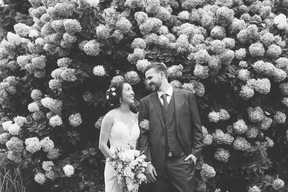 Minnesota Arboretum Wedding Photography by Alyssa Lund Photography-22.jpg