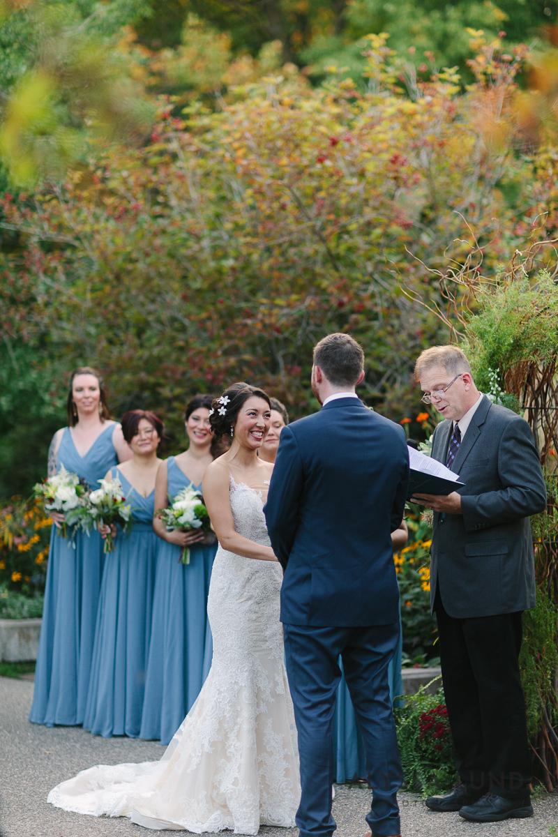 Minnesota Arboretum Wedding Photography by Alyssa Lund Photography-51.jpg
