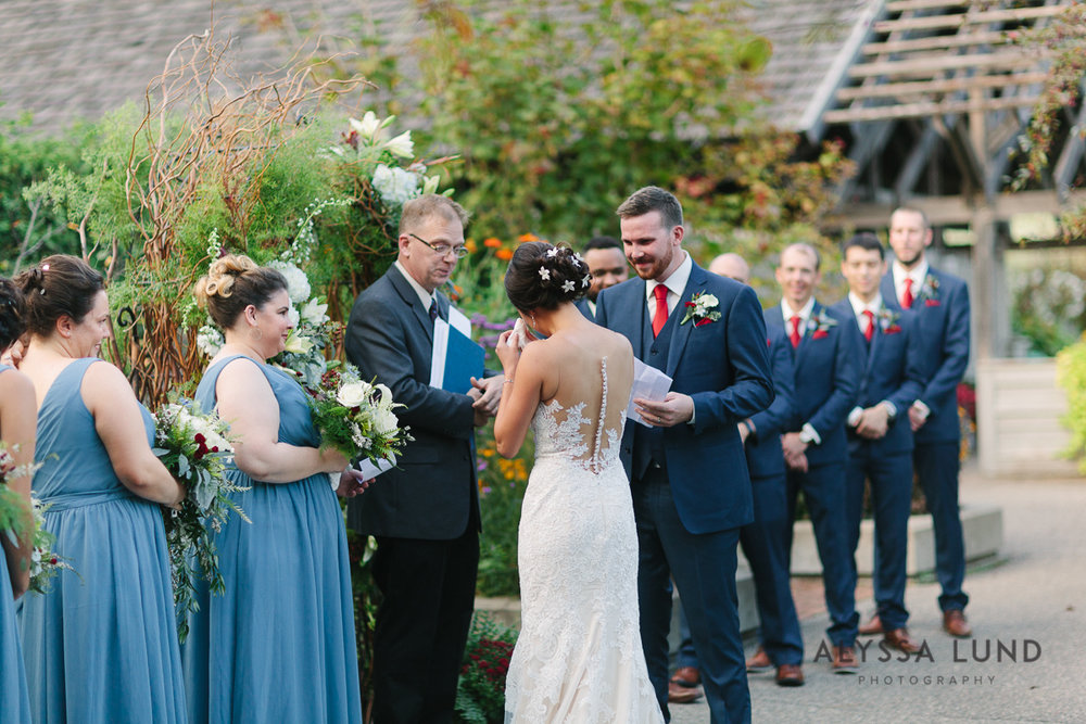 Minnesota Arboretum Wedding Photography by Alyssa Lund Photography-54.jpg