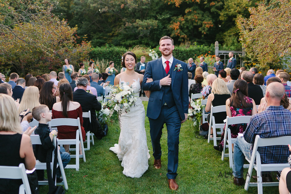 Minnesota Arboretum Wedding Photography by Alyssa Lund Photography-56.jpg