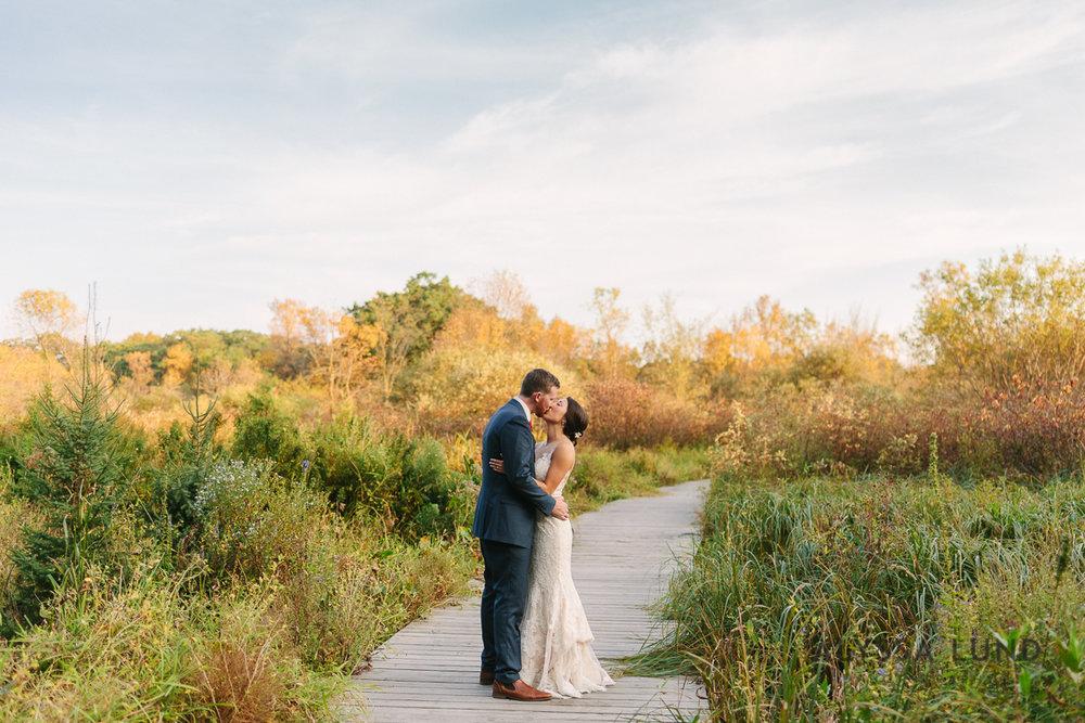 Minnesota Arboretum Wedding Photography by Alyssa Lund Photography-58.jpg