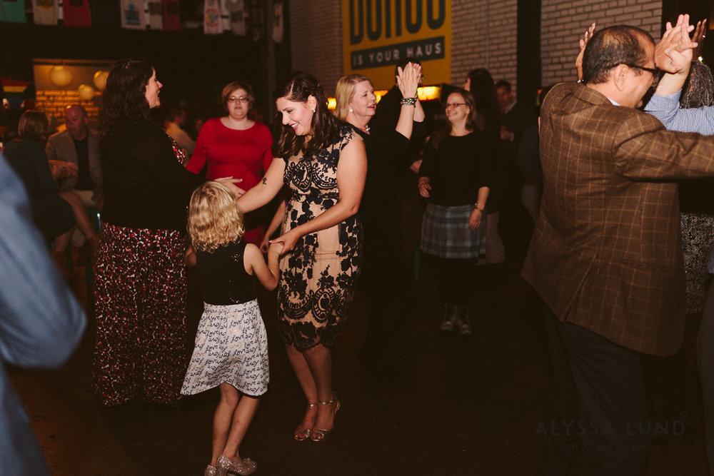 Minneapolis Brewery Wedding-60.jpg