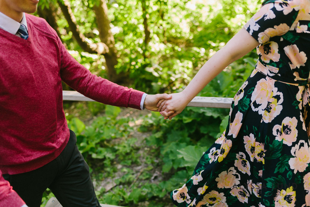 Stone Arch Bridge Engagement Session by Alyssa Lund Photography-02.jpg