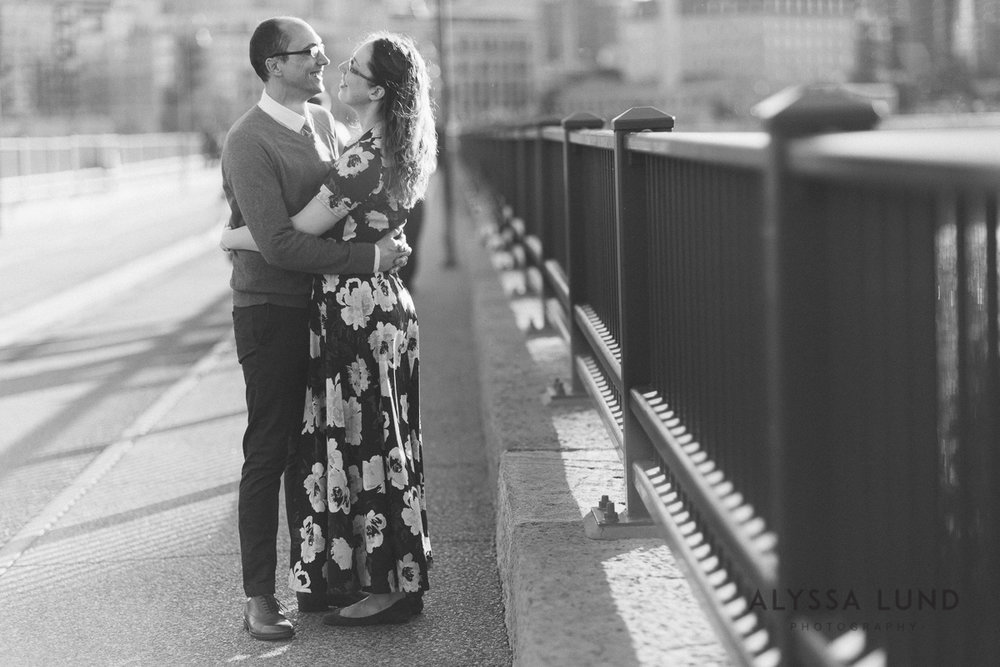 Stone Arch Bridge Engagement Session by Alyssa Lund Photography-03.jpg