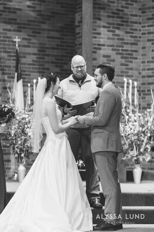 Twin Cities Wedding Photographer-30.jpg