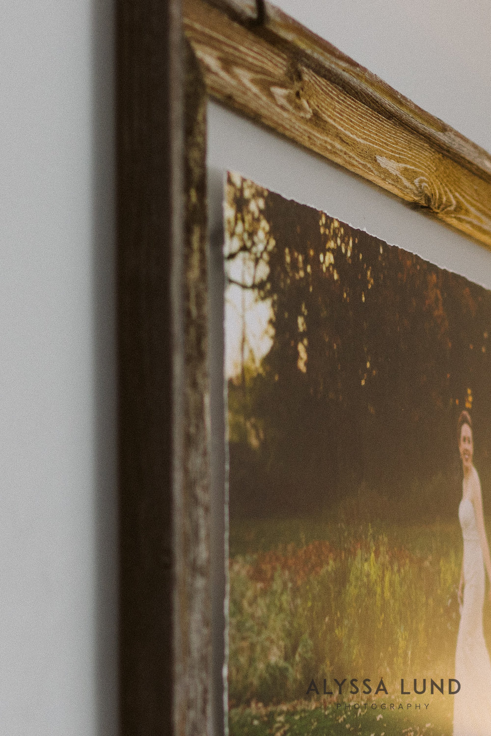 Creative Minneapolis wedding photographer frame-03.jpg