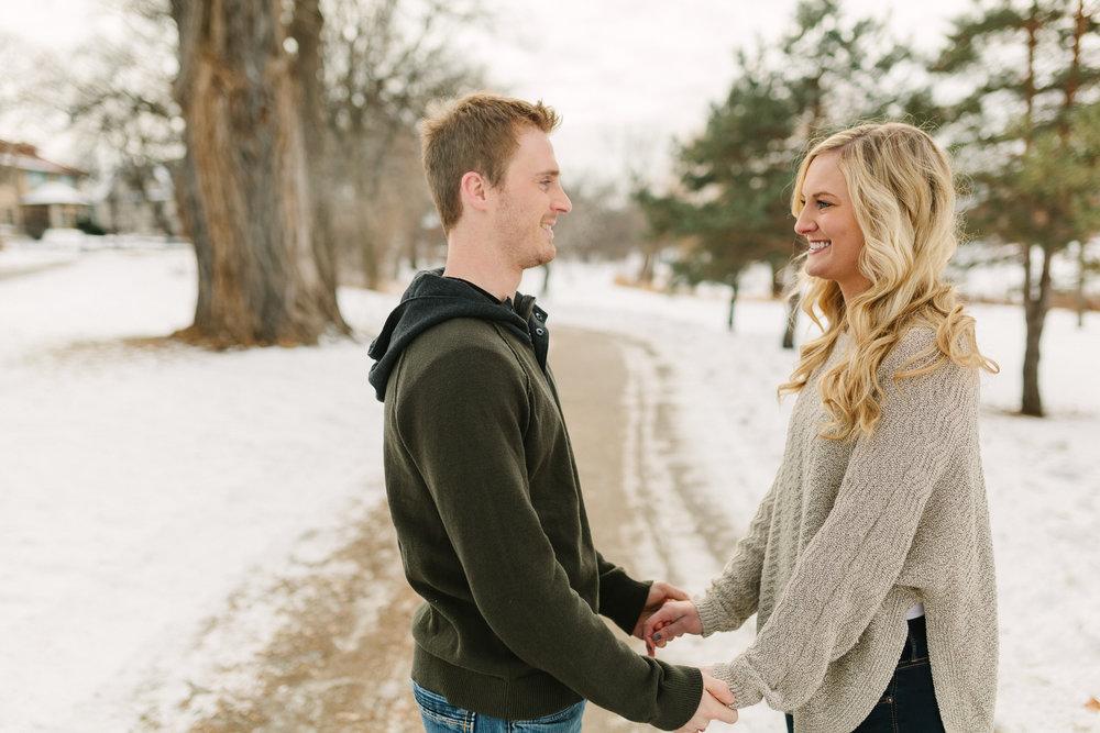 Hannah Matt winter engagement-04.jpg