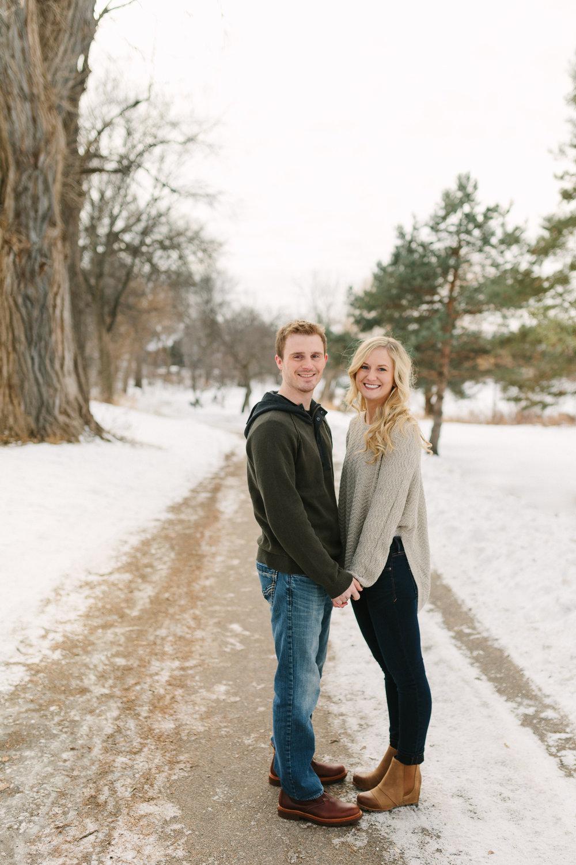 Hannah Matt winter engagement-05.jpg