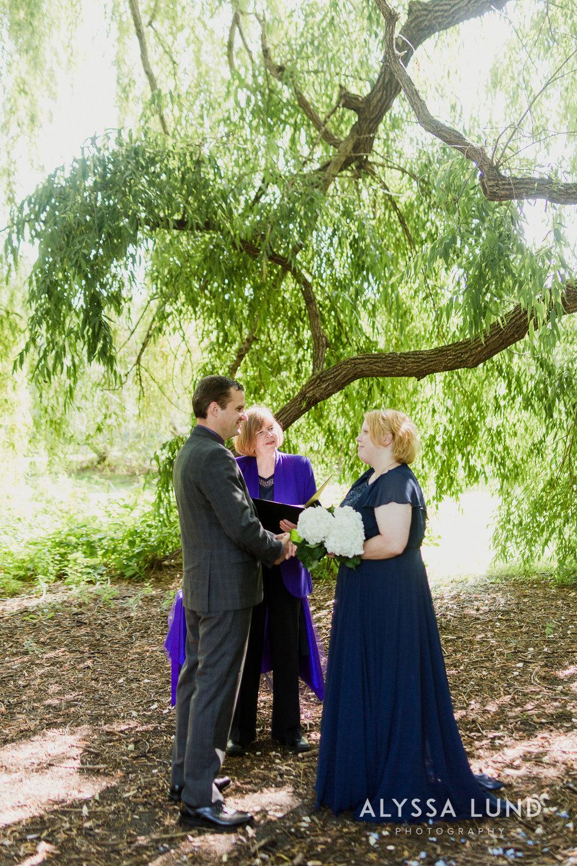 elopement small wedding at the Minnesota Landscape Arboretum-06.jpg