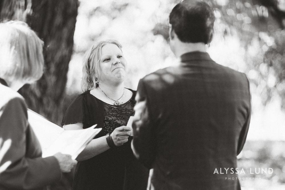 elopement small wedding at the Minnesota Landscape Arboretum-08.jpg