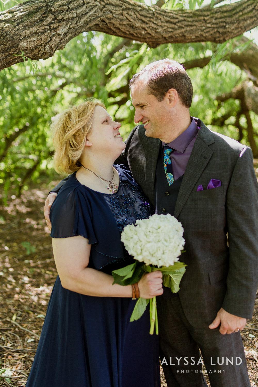 elopement small wedding at the Minnesota Landscape Arboretum-15.jpg