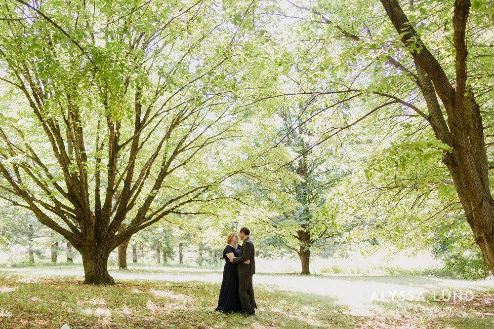 elopement small wedding at the Minnesota Landscape Arboretum-16.jpg