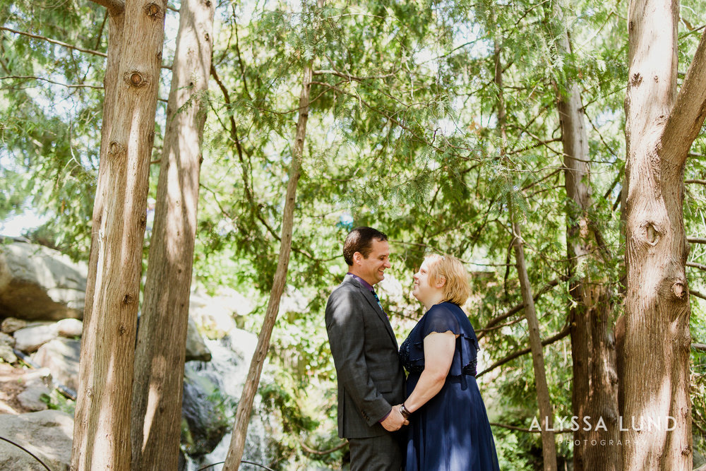 elopement small wedding at the Minnesota Landscape Arboretum-24.jpg