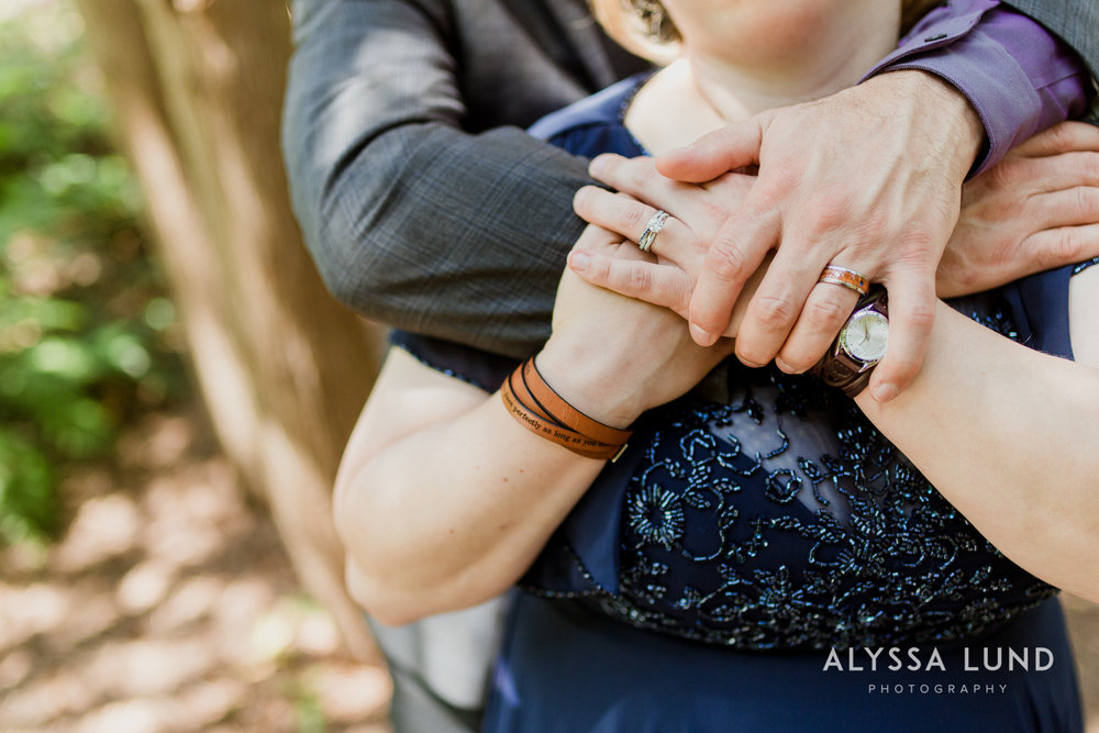 elopement small wedding at the Minnesota Landscape Arboretum-26.jpg