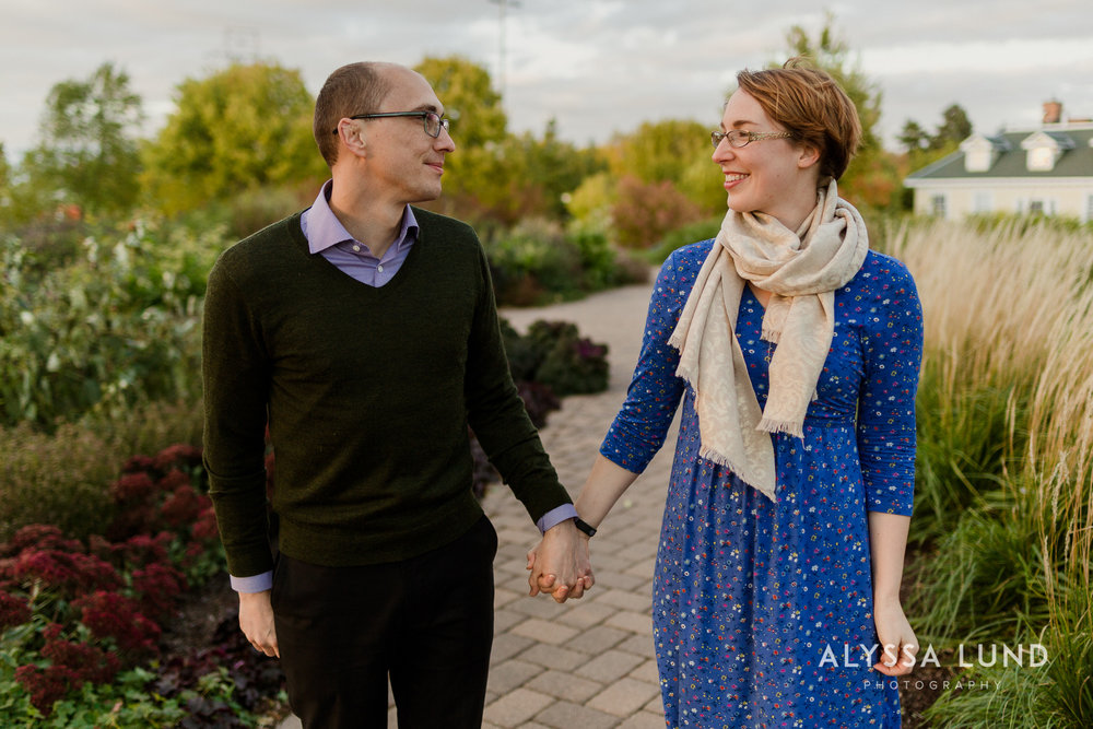Fall couple portraits in Minneapolis-3.jpg