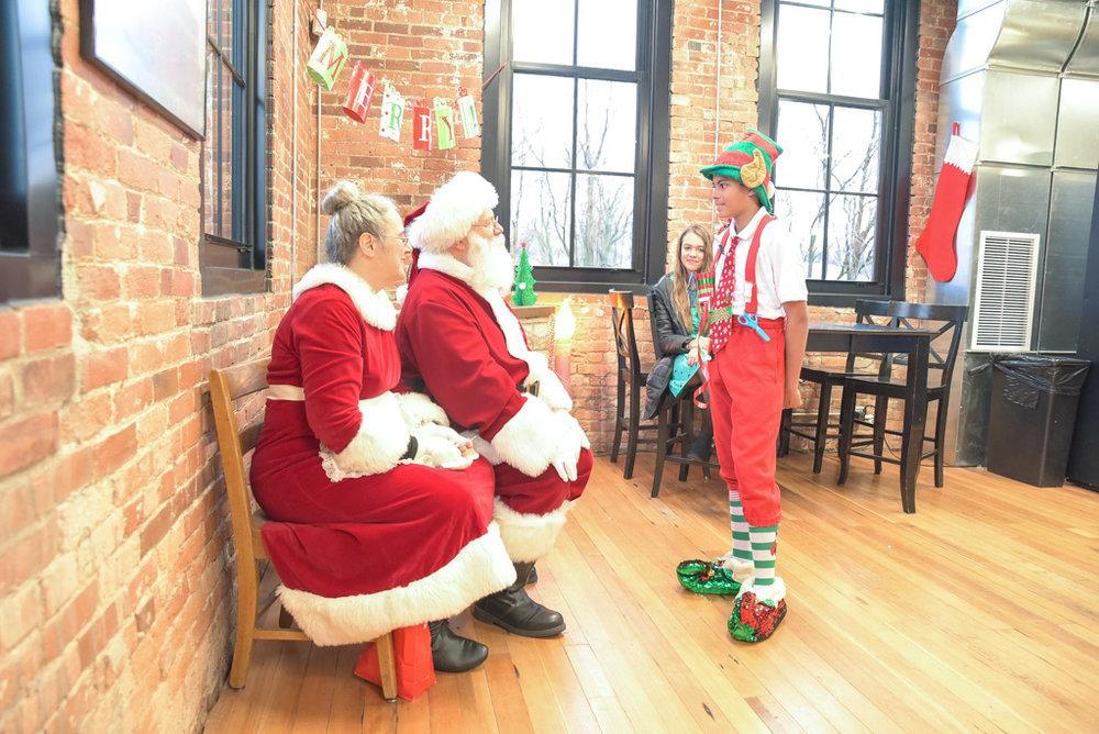 A_Heights_Christmas_2018_20.jpg
