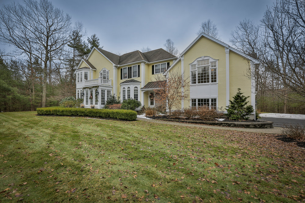 32 Empire Drive North Andover - $539,000 - Multiple offers presented