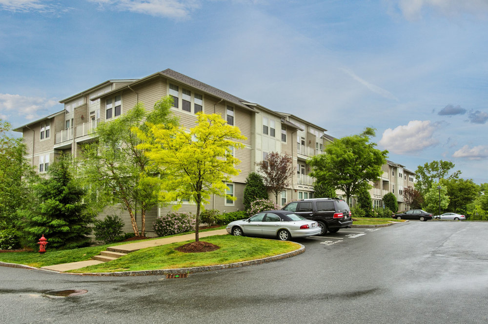 1 Harvest Dr. #209 North Andover - Maintenance-free living at this bright, sunny, happy feeling condo with onsite gym and pool which has been meticulously maintained by the one owner since it was built. $250,000