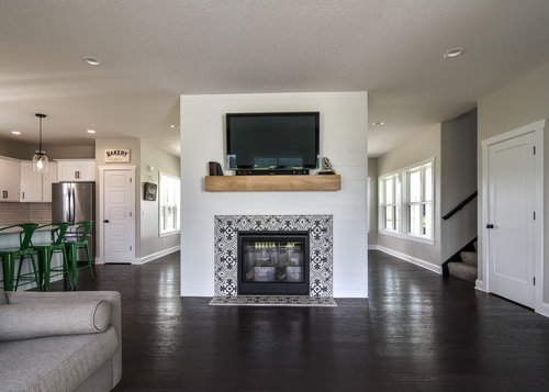 PH_design_and_construction_farmhouse_fireplace