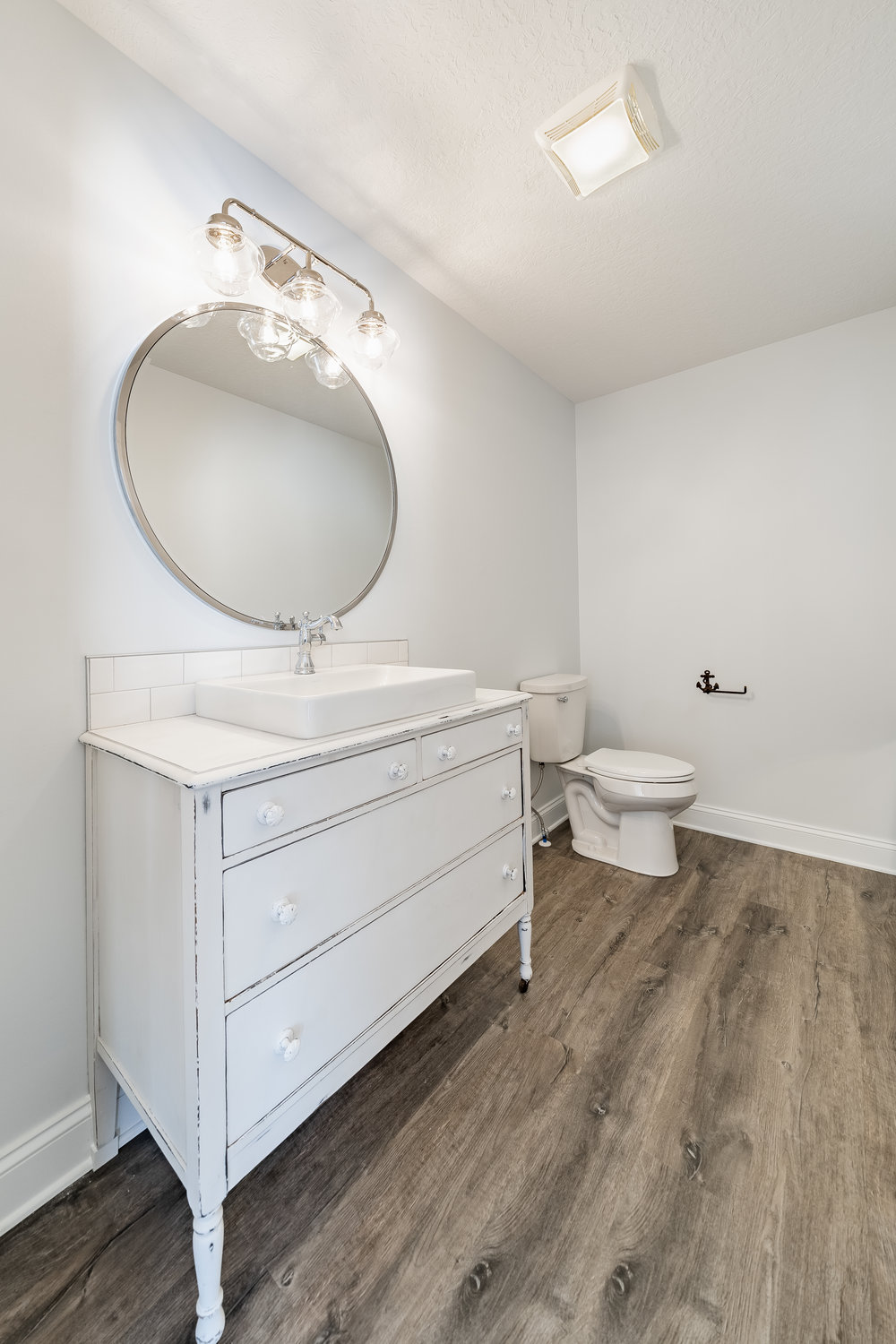 PH_Design_and_construction_aultmore_vanity