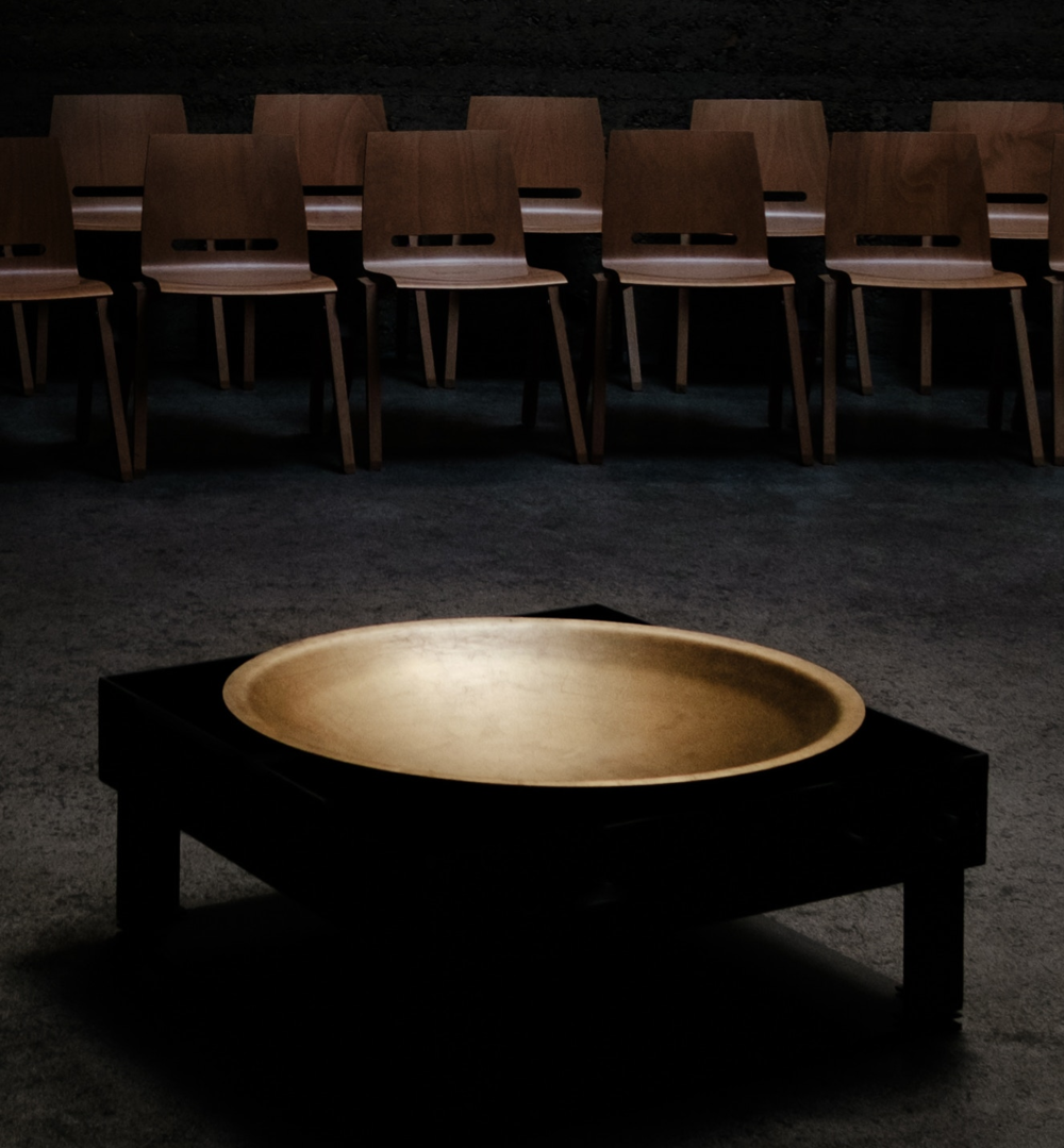 Bowl and Chairs .png