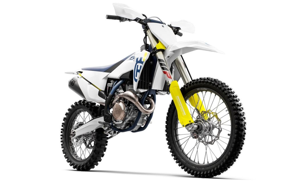 2019 Husqvarna FC 350  x Babes in the Dirt