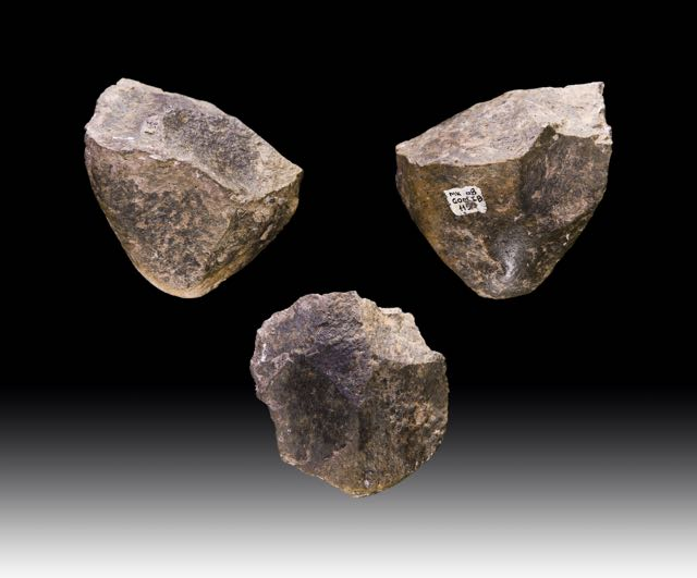 Oldowan choppers dating to 1.7 million years BP, from Melka Kunture, Ethiopia.  Image: Oldowan choppers dating to 1.7 million years BP, from Melka Kunture, Ethiopia.