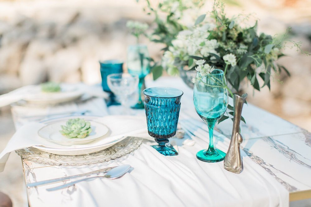 A detailed shot of an event shoot by Crystal. Shot by  http://www.savannahwardphotography.com/