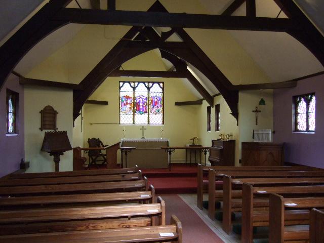 St Aidan fourstones interior.JPG