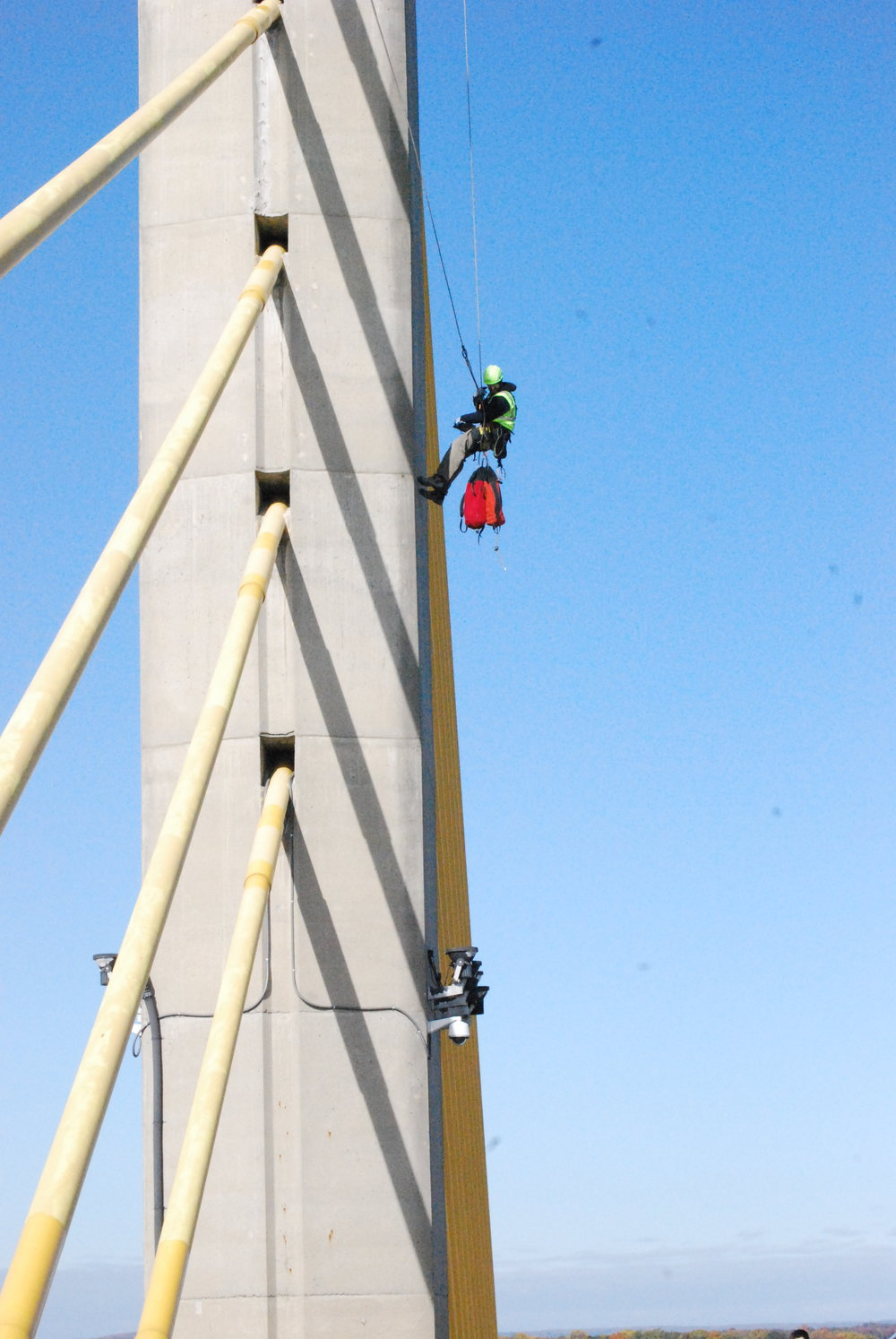 SATS providing Level III Oversight for an USACE bridge and pylon inspection.