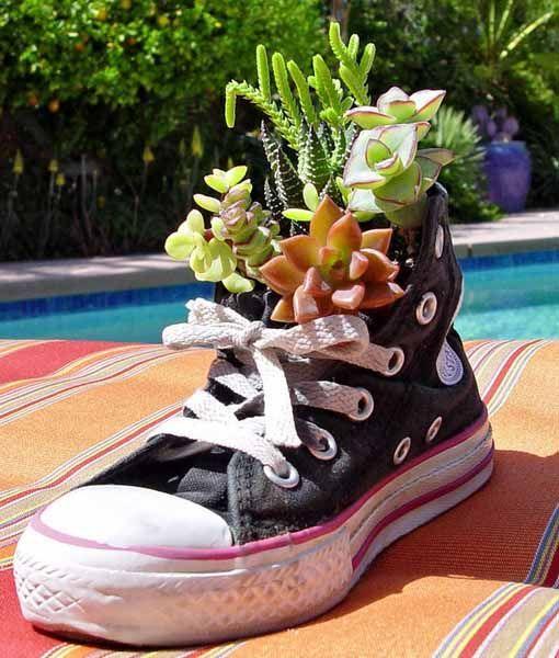 978c6e25749a994c2a724631ec457c96--garden-container-garden-planters.jpg