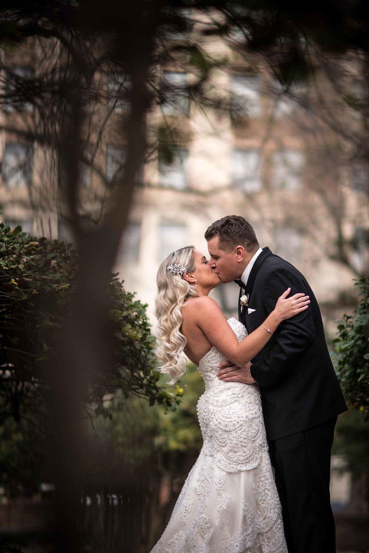 curtis-atrium-wedding-philadelphia-christine-charles-19.jpg