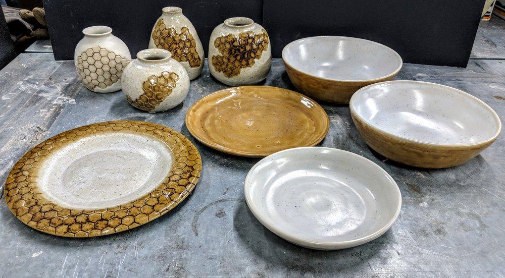 JNĒ Ceramics plateware dinnerware