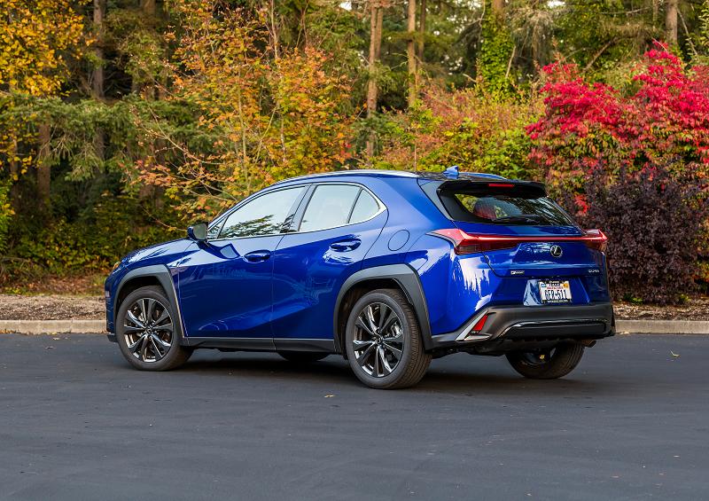 Photo: Lexus (Ultra Sonic Blue Mica 2.0)