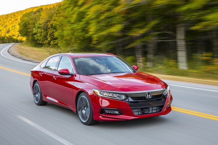 2019_Honda_Accord_049.jpg