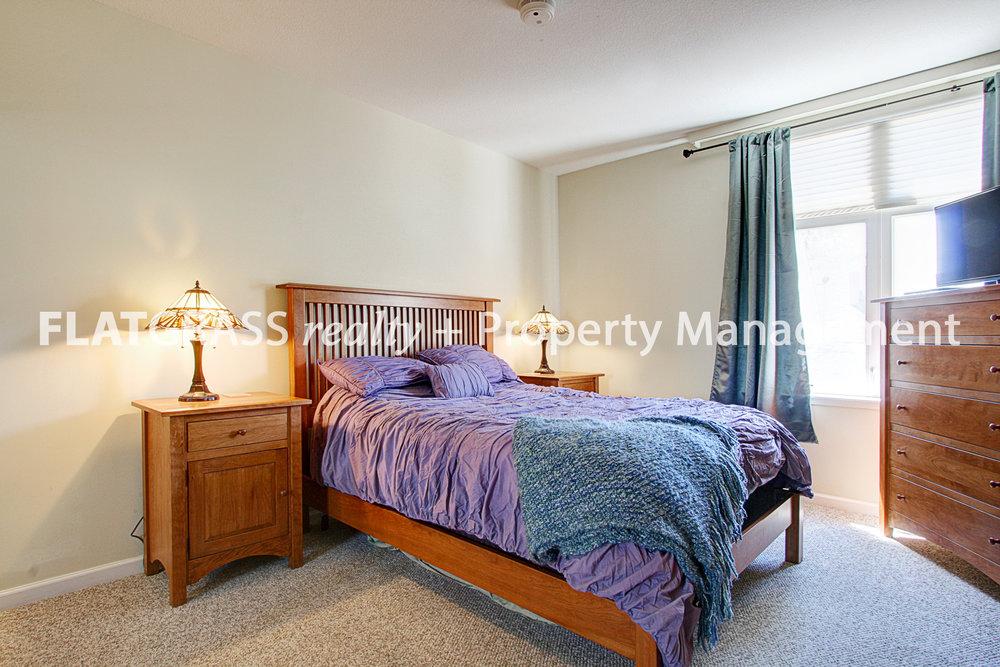 5 Master Bedroom.jpg