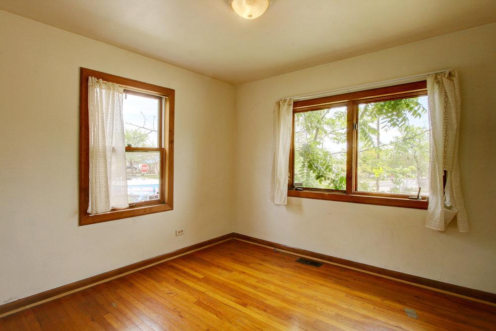 Q 3rd Bedroom.jpg