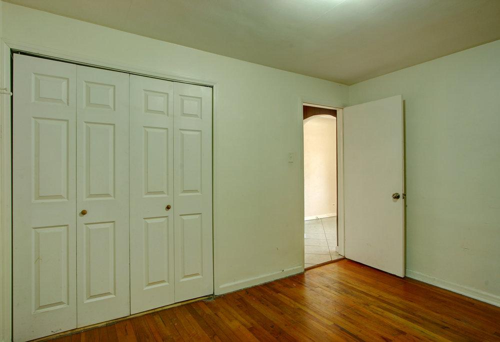 I 1st Bedroom Non-Conforming.jpg