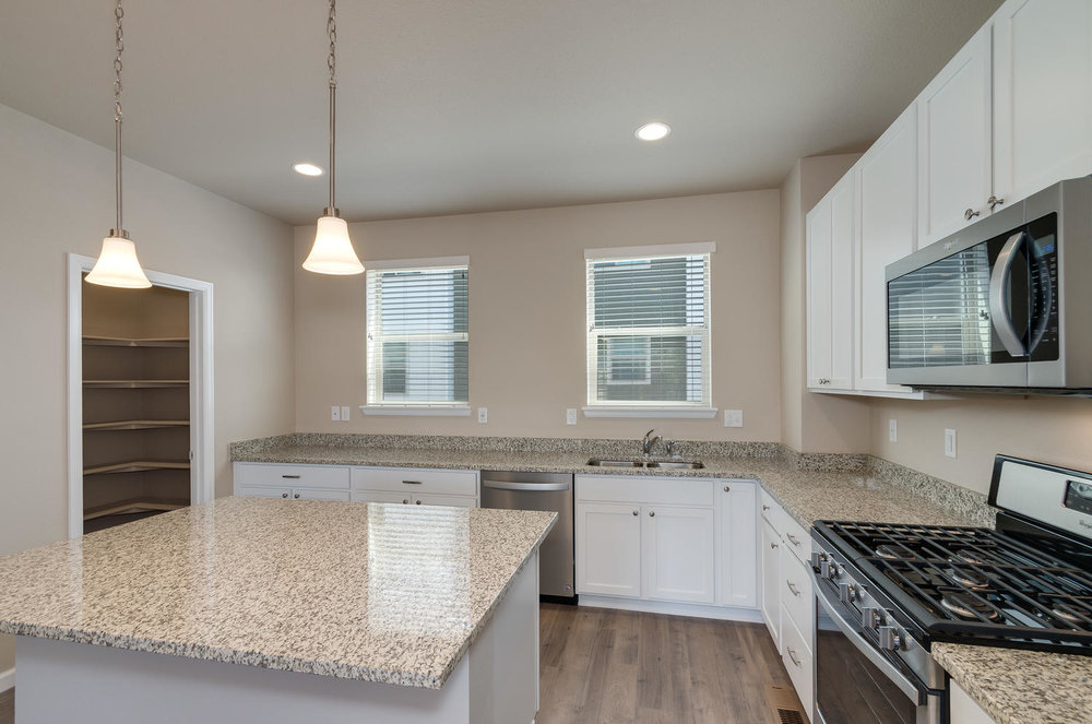 4120 E Warren Ave Unit 2-large-011-16-Kitchen-1500x994-72dpi.jpg