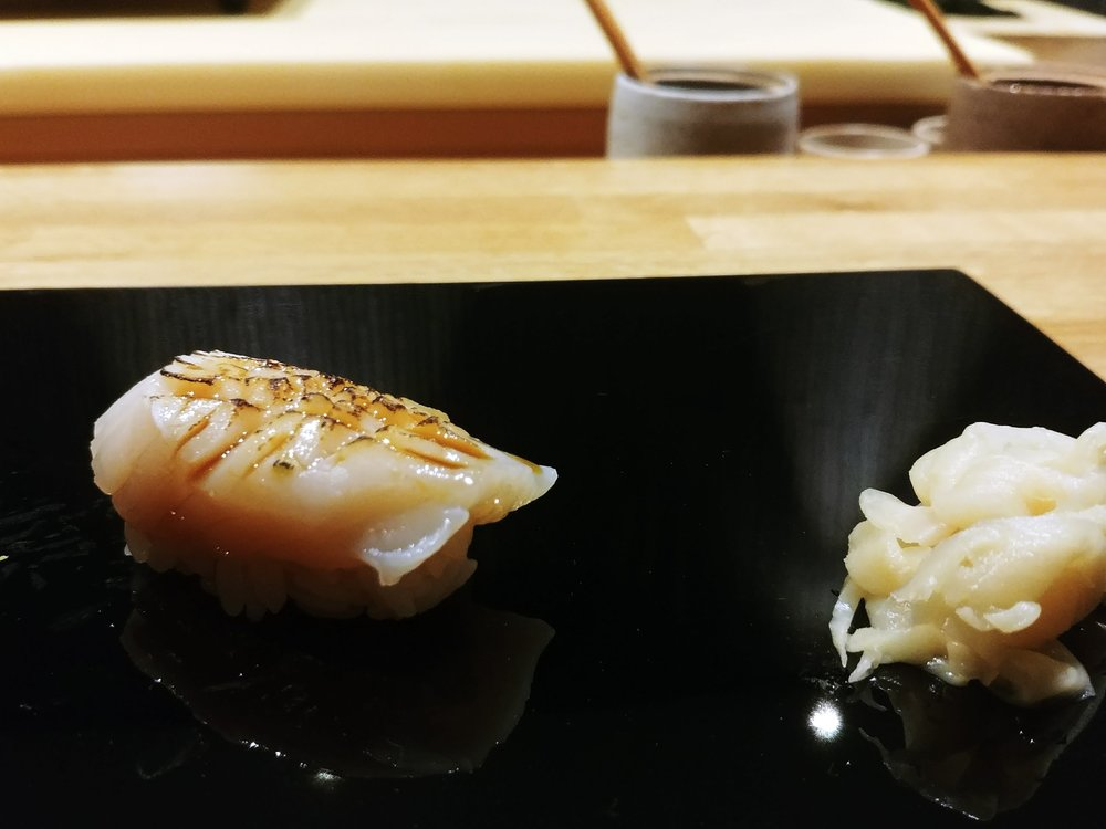 Hokkaido scallop (slightly blow torched) - Once you take in the smell of a smoked seafood, you find yourself instantly anticipate this piece even more and oh my, it certainly did not disappoint with the sweetness of the scallop and slight charred taste of the seafood with a mild bite of the texture.