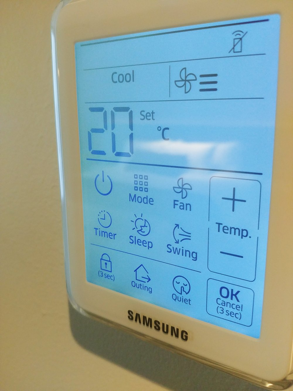 Love the touch screen capability for the in-room air conditioning system...very cool!