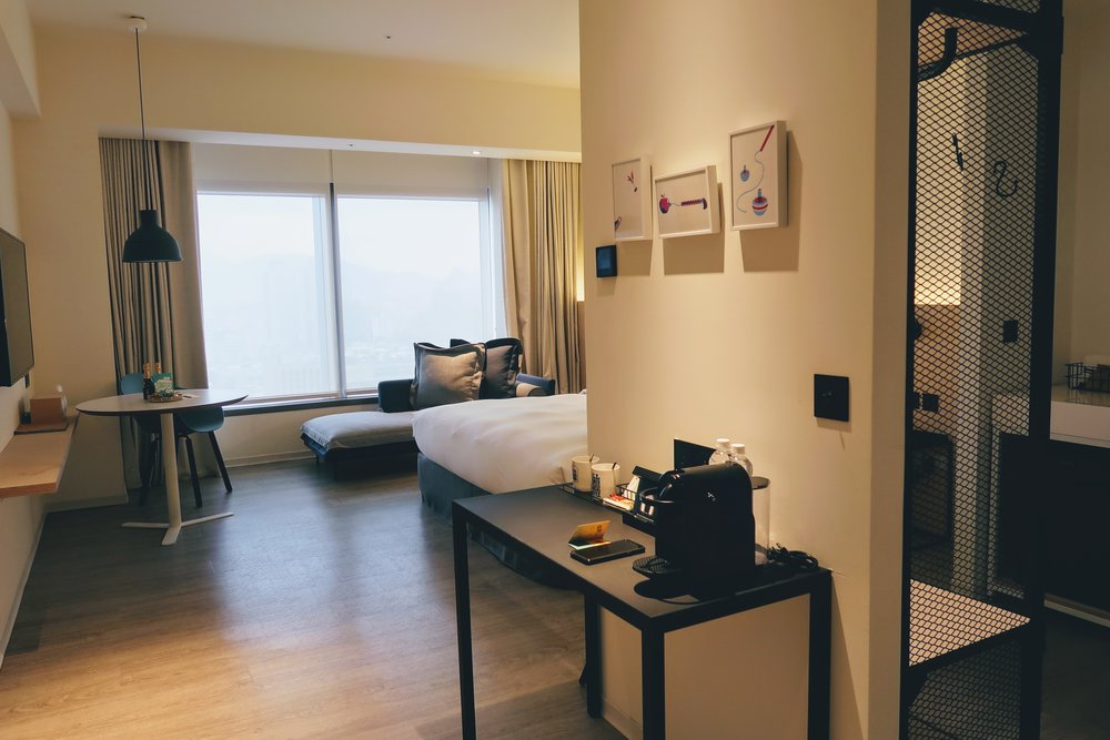 amba-hotel-songshan-room-entrance