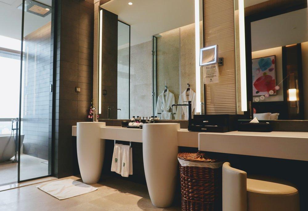 banyan-tree-kuala-lumpur-bathroom