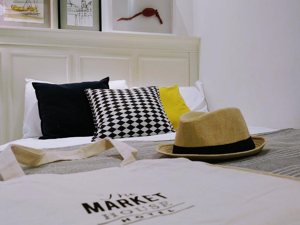 market-house-tel-aviv-single-bed