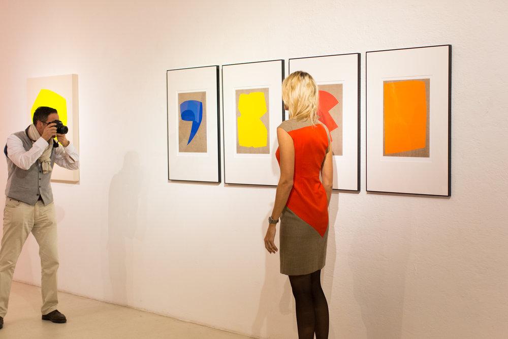 Christian Muscheid, Entwürfe und Kleid für Escada in der Ausstellung Zeitgenössisch Konkret, 2018