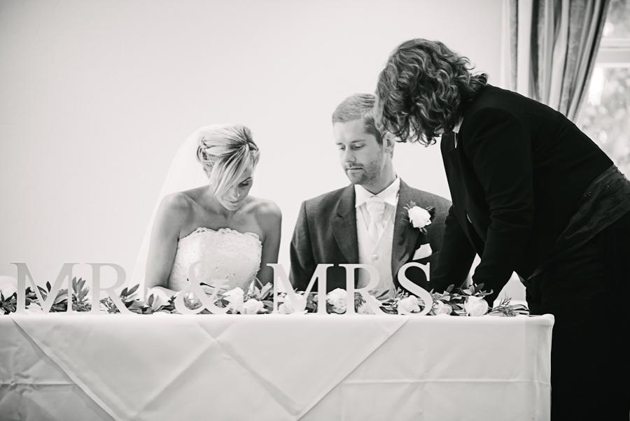 Pickerings-Wedding-Photographer-19.jpg