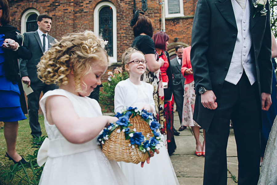 Singleton-Lodge-Wedding-Photographer-065.jpg